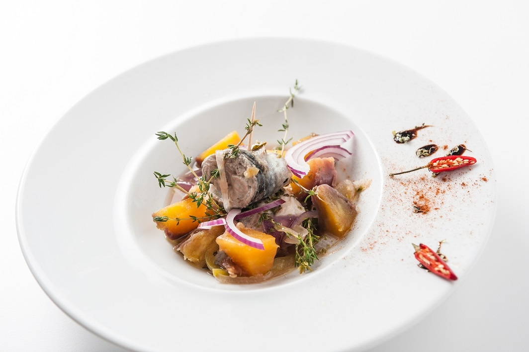 Mackerel, sweet potato and wild thyme cataplana