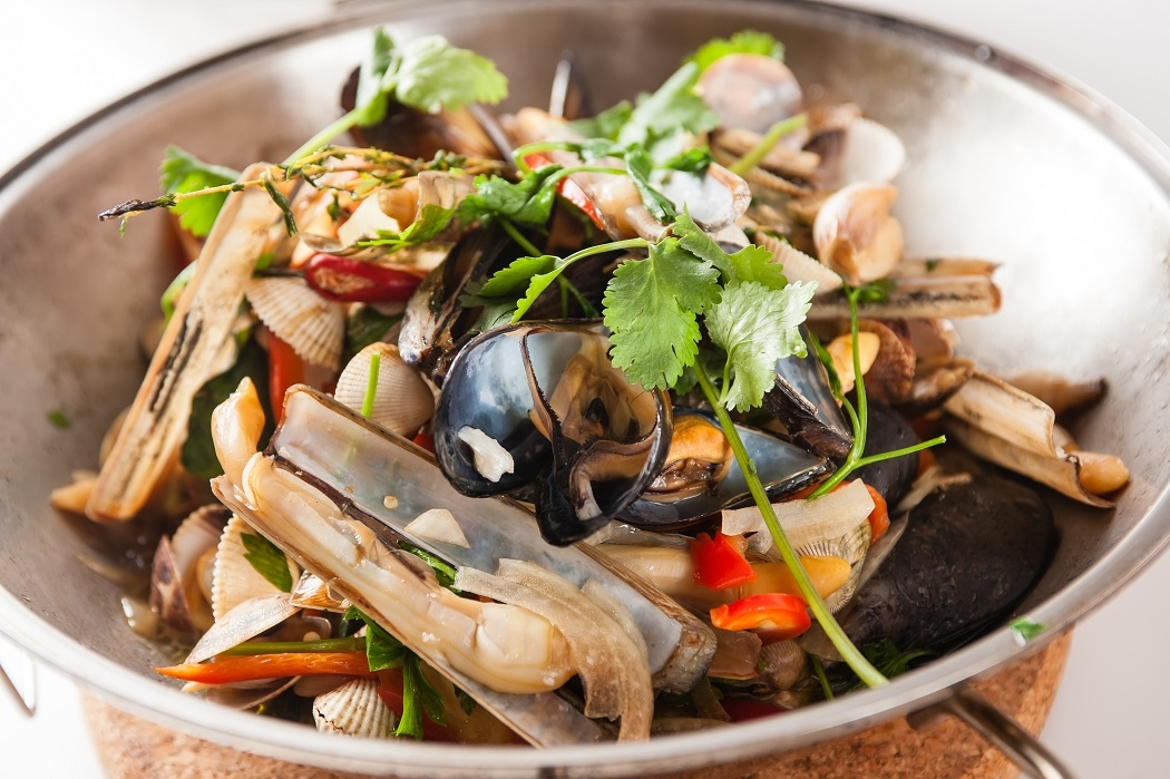 Shellfish cataplana